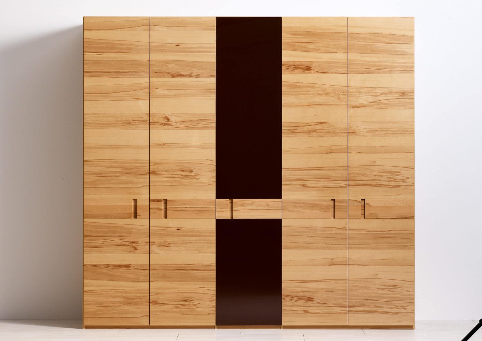 schrank rio mit glas in kernbuche ko control. Black Bedroom Furniture Sets. Home Design Ideas