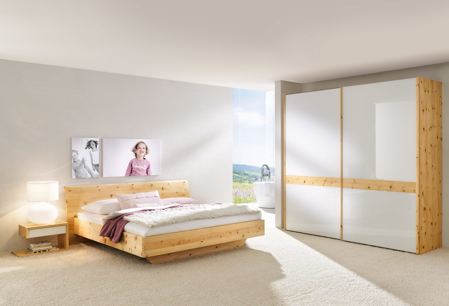 schlafzimmer rio mit glas in zirbe ko control. Black Bedroom Furniture Sets. Home Design Ideas